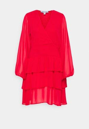 FRILL DRESS - Korte jurk - scarlet red