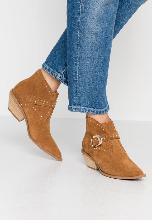 NASTY - Ankle boots - tan