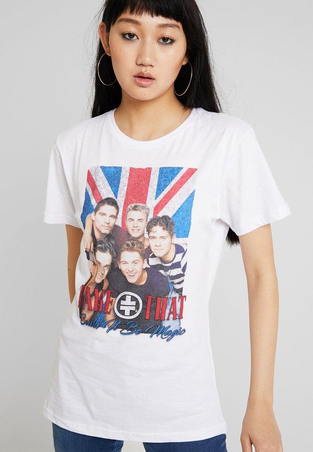 LADIES TAKE THAT GROUP PHOTO TEE - Print T-shirt - white