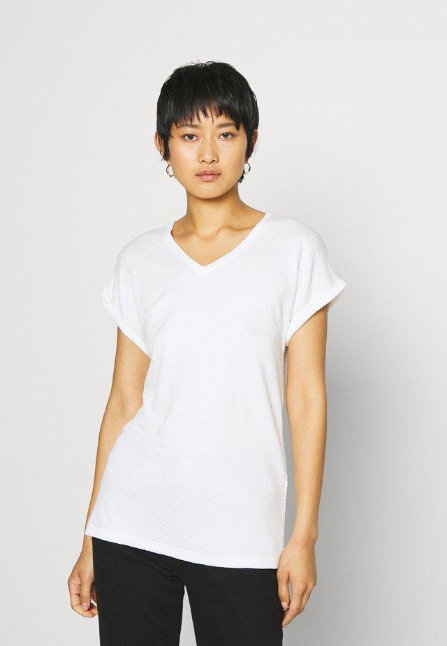 VERONA - T-shirt imprimé - white