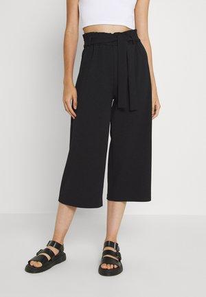 ONLHARRIS CAROLINA CULOTTE BELT - Pantalones - black