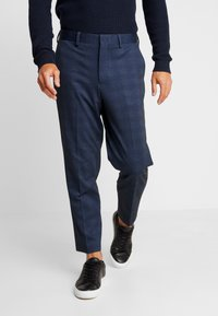 Selected Homme - SLHSLIMTAPERED NEWJERSEY CROP PANTS - Trousers - dark navy - 0