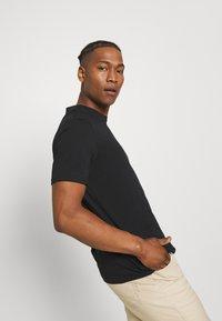 YOURTURN - 2 PACK UNISEX - T-shirt basic - black/green - 4