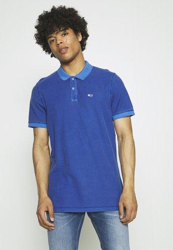 GARMENT DYE - Polo shirt - blue