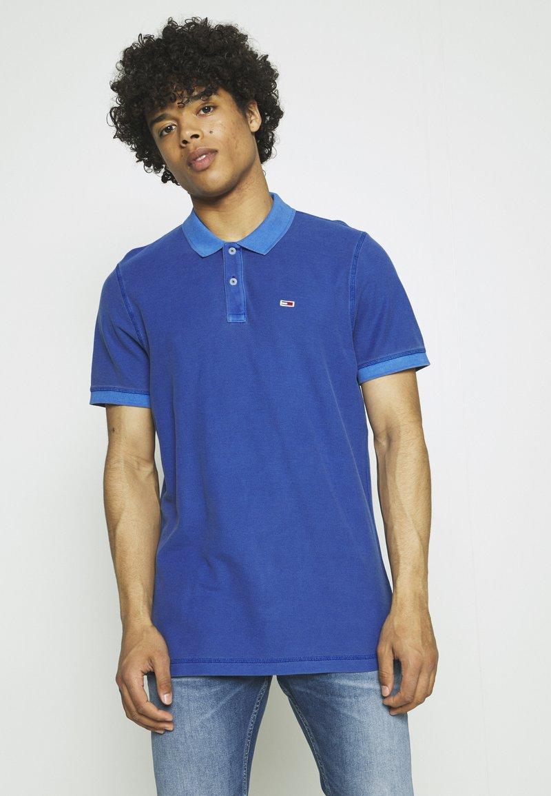 Tommy Jeans - GARMENT DYE - Polo shirt - blue