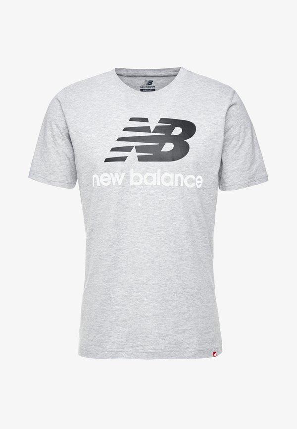 New Balance ESSENTIALS STACKED LOGO - T-shirt z nadrukiem - athletic gre/ciemnoszary melanż Odzież Męska OWTM
