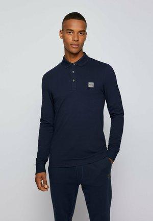 PASSERBY - Polo shirt - dark blue
