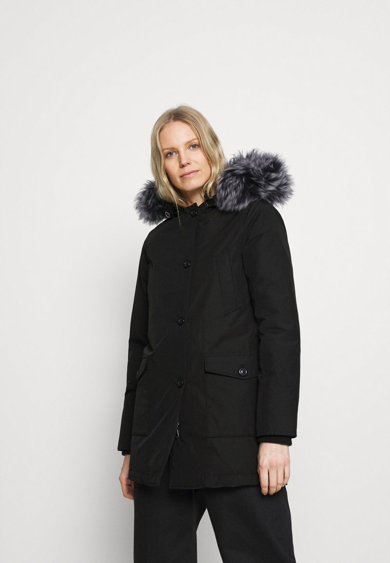 Canadian Classics - LINDSAY  - Down coat - black