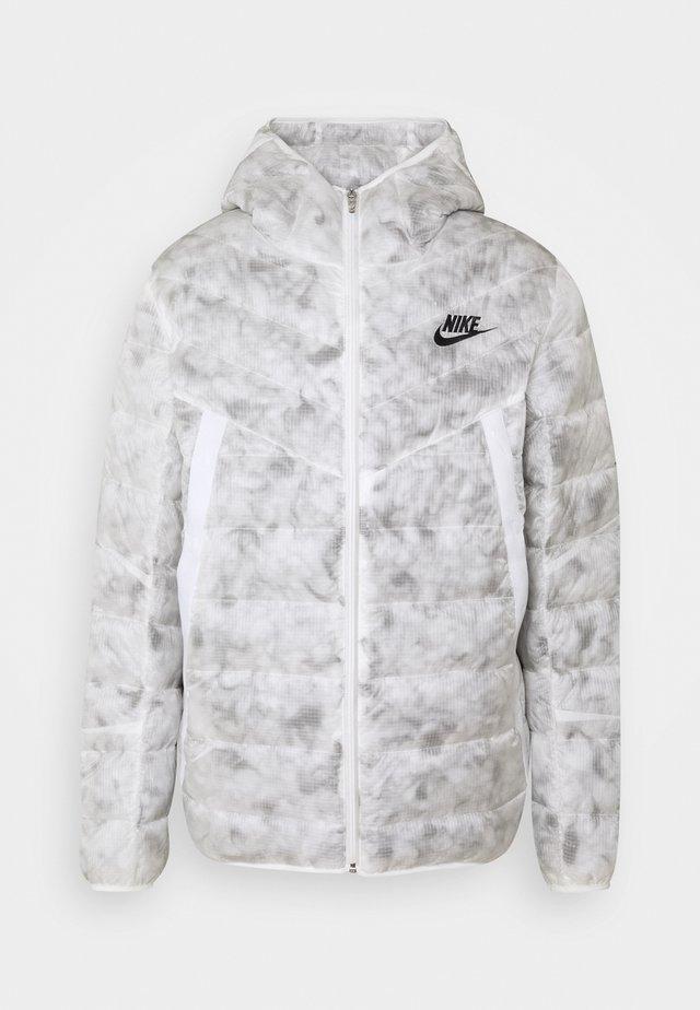 Winter jacket - summit white