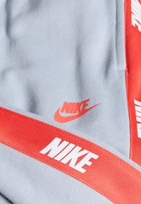 Nike Sportswear - HYBRID PANT - Trainingsbroek - charcoal heather/black - 2