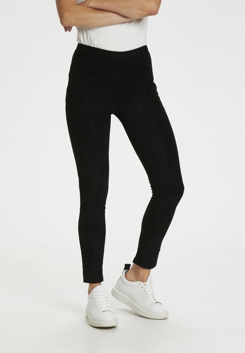 Culture - Leggings - Trousers - black