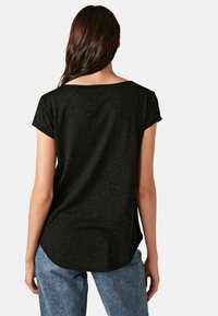 LC Waikiki - Basic T-shirt - black - 2