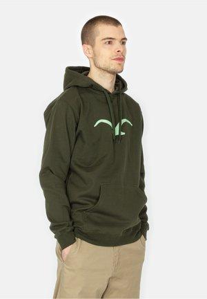 MÖWE - Hoodie - scarab green