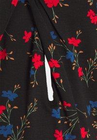 LOVE2WAIT - FLOWERS - Print T-shirt - dessin - 2