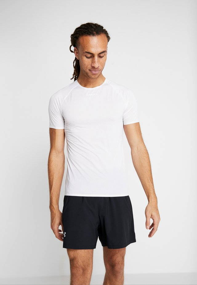 NANOWEIGHT  - Basic T-shirt - white