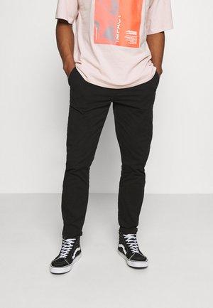 MICK PANTS - Spodnie materiałowe - black