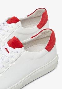Bianco - Sneakersy niskie - red - 3