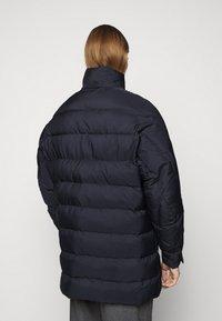 Henrik Vibskov - TILES LONG COAT - Winter jacket - navy - 3