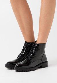 Esprit - BRISTOL BOOT - Lace-up ankle boots - black - 0