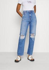 Tommy Jeans - JULIE UHR - Straight leg jeans - denim light - 0