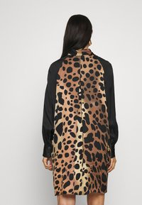 Just Cavalli - Košilové šaty - natural variant - 2