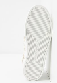 Emporio Armani - BELLA - Sneaker low - white/light gold - 6