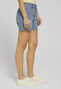 TOM TAILOR DENIM - CAJSA - Denim shorts - used light stone blue denim - 5