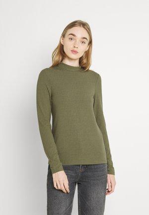 PCKYLIE T NECK - Top sdlouhým rukávem - deep lichen green