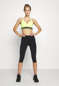 Cotton On Body - ACTIVE CORE CAPRI - 3/4 sportovní kalhoty - black - 1
