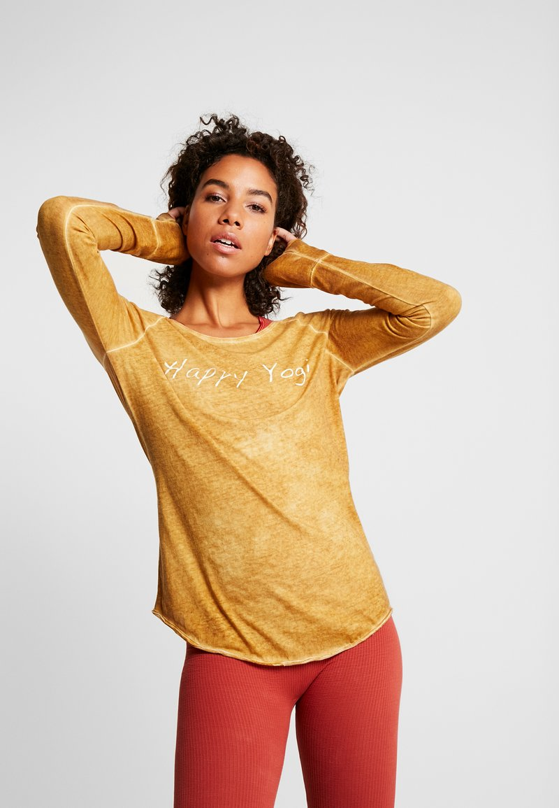 Yogasearcher - KARANI - Long sleeved top - curry