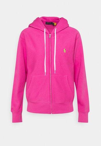 FEATHERWEIGHT - Zip-up sweatshirt - peony