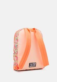 Nike Sportswear - CLASSIC UNISEX - Rucksack - bright mango/crimson tint - 1