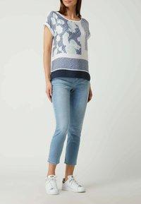 MAC Jeans - MIT STRETCH-ANTEIL  - Slim fit jeans - hellblau - 1