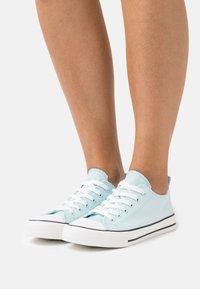 Even&Odd - Sneakers basse - light blue - 0