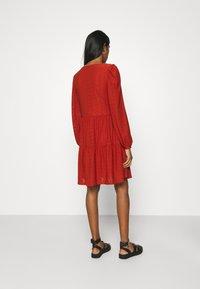 ONLY - ONLFRIDA V NECK DRESS  - Jersey dress - arabian spice - 2