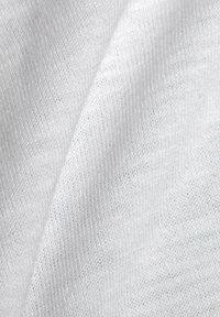 edc by Esprit - HOODIE - Hoodie - white - 9