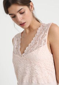Hanro - MOMENTS  - Chemise de nuit / Nuisette - crystal pink - 3
