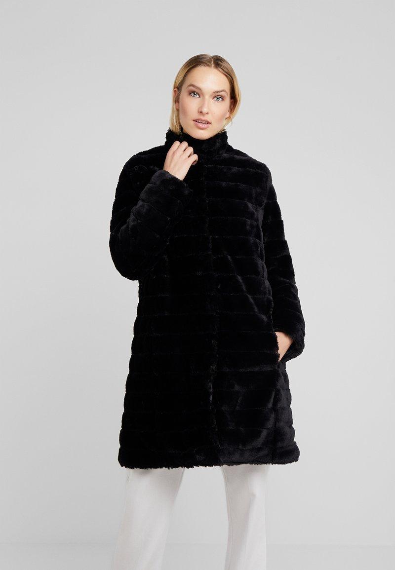 RIANI - Zimní kabát - black
