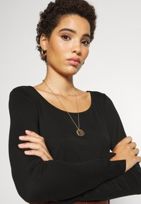 mine to five TOM TAILOR - ROUND NECK - Long sleeved top - deep black - 5