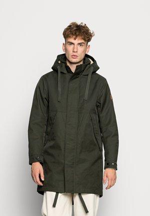 LONG INSIDE QUILTED - Parka - uniform green