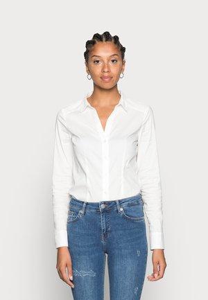 VMLADY - Button-down blouse - snow white
