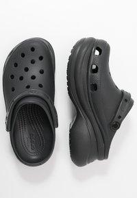 Crocs - CLASSIC BAE  - Heeled mules - black - 3