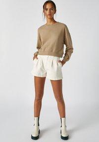 PULL&BEAR - Sweatshirts - mottled light brown - 1