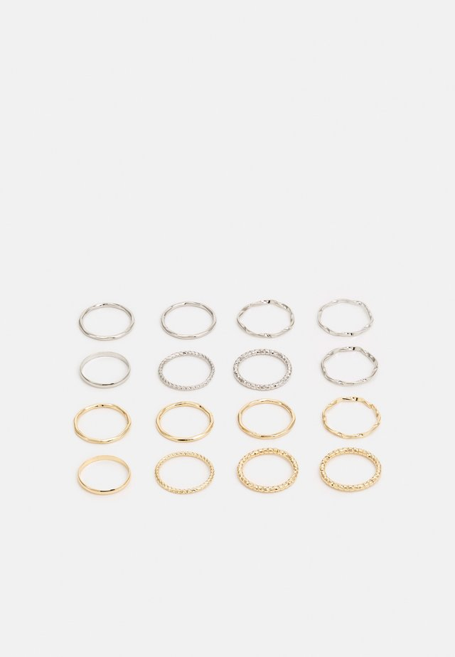 ESSENTIAL TWISTED STACKING 16 PACK - Ring - gold-coloured