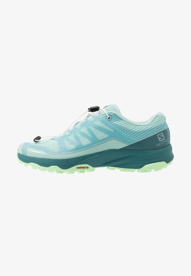 XA DISCOVERY - Laufschuh Trail - icy morn/hydro./patina green