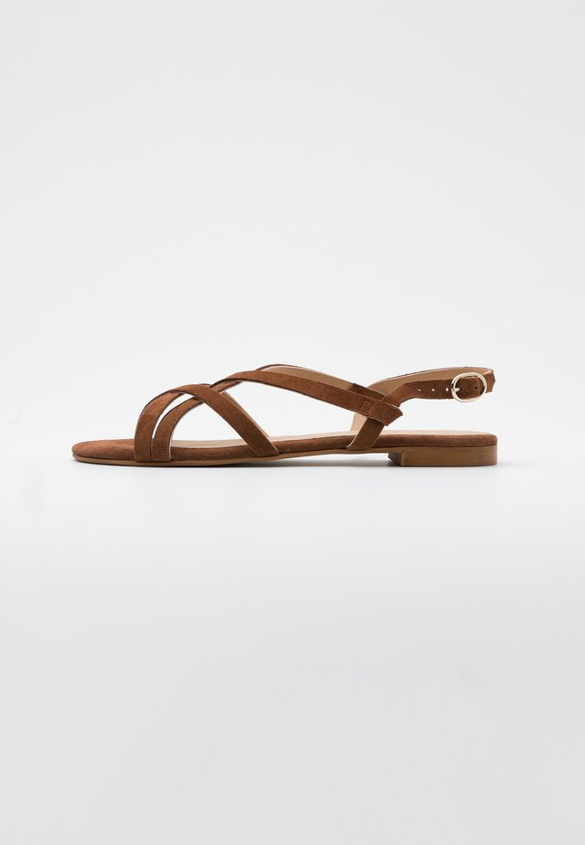 LEATHER - Sandalias - cognac