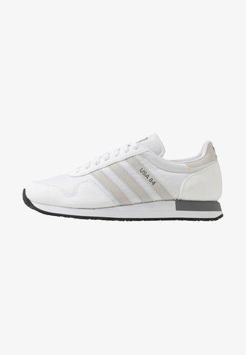 USA 84 - Matalavartiset tennarit - footwear white/grey heather