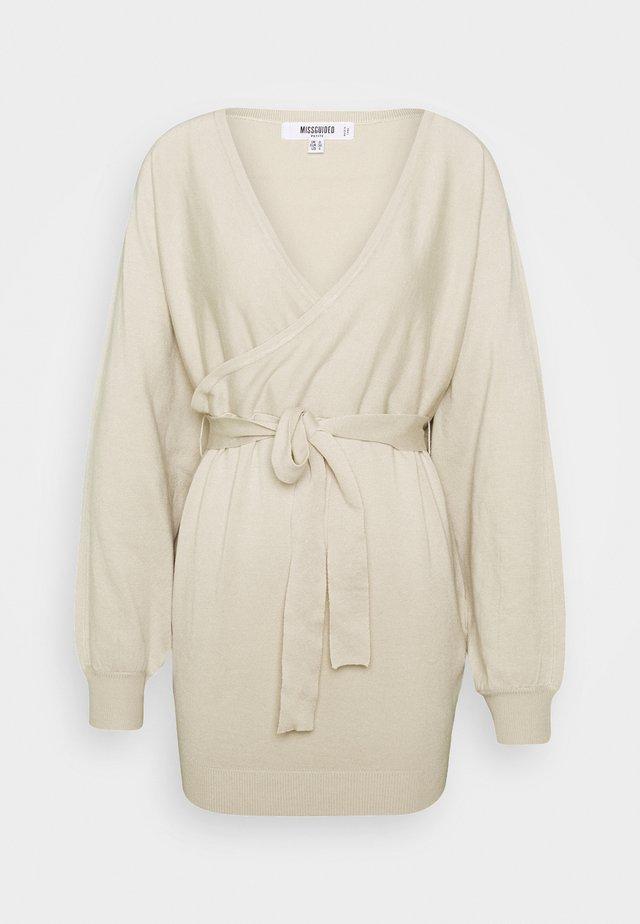 WRAP BATWING BELTED MINI DRESS - Jumper dress - stone