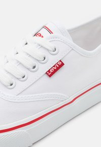 Levi's® - NEW PEARL UNISEX - Trainers - white - 5
