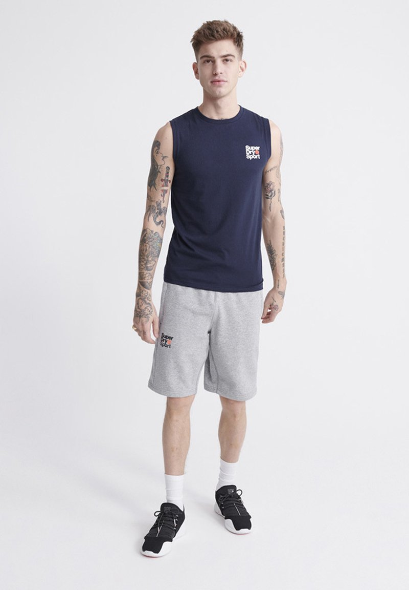 Superdry - SUPERDRY CORE SPORT SHORTS - Shorts - grey